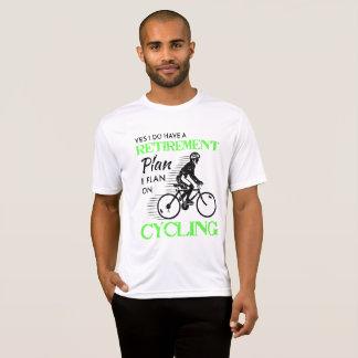 私の退職に関する諸計画はサイクリストのために循環しています Tシャツ