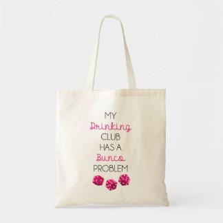 私の飲むクラブはBunco問題のおもしろいなバッグを持っています トートバッグ