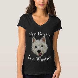 私のBestieは西の高地テリアです Tシャツ