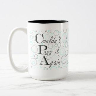 私のCPAの検査に合格しました! それを再度渡すことができませんでした! ツートーンマグカップ