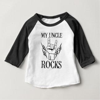 私のRocks叔父さんのおもしろいな男の赤ちゃんの甥のワイシャツ ベビーTシャツ
