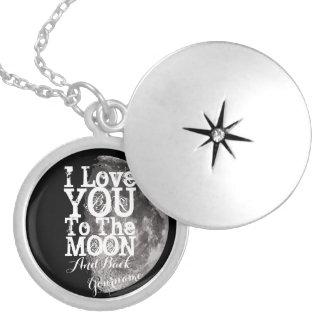 私はあなたの名前の月そして背部に愛します シルバープレートネックレス