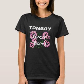 私はおてんば娘男の子ではなくです Tシャツ