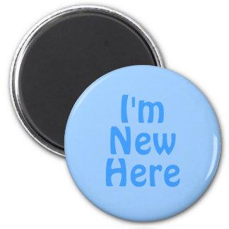 私はここに新しいですいます。 青い。 カスタム マグネット