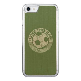 私はこのゲーム-グランジなサッカー/フットボール--を愛します CARVED iPhone 8/7 ケース