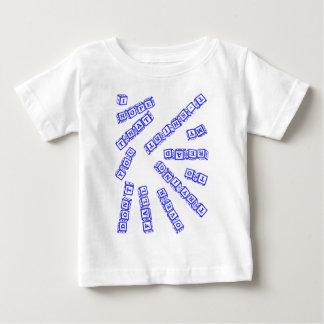私はころばないことを望みます ベビーTシャツ