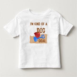 私はちょっと発掘の取り引きです トドラーTシャツ