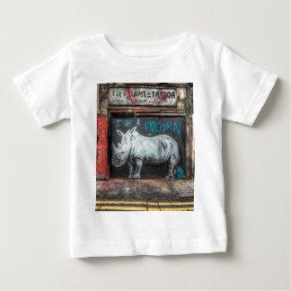 私はですユニコーン、Shoreditchの落書き(ロンドン) ベビーTシャツ
