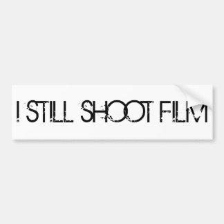 私はまだフィルムのバンパーステッカーを撃ちます バンパーステッカー