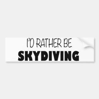 私はむしろSkydivingです バンパーステッカー