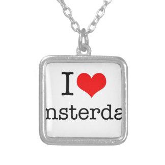私はアムステルダムを愛します シルバープレートネックレス