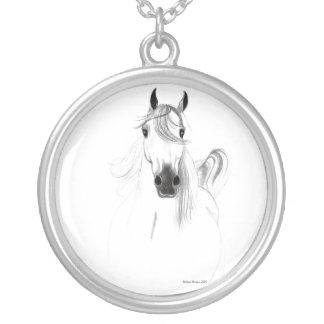 私はアラビアの馬のネックレスを愛します シルバープレートネックレス