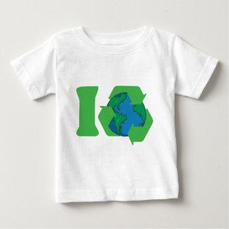 私はアースデーのTシャツをリサイクルします ベビーTシャツ