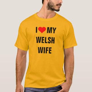 """""""私はウェールズの私の妻""""のTシャツ愛します Tシャツ"""