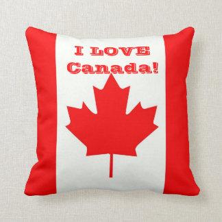 私はカナダを愛します! クッション