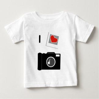 私はカメラを愛します ベビーTシャツ