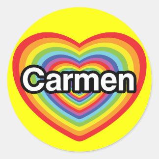 私はカルメンを愛します: 虹のハート ラウンドシール