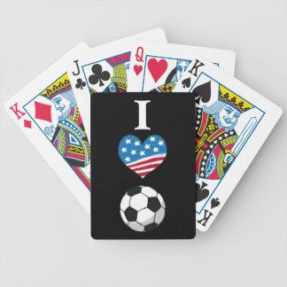 私はカードを遊ぶサッカーを愛します バイスクルトランプ