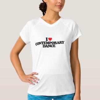 私はコンテンポラリーなダンスを愛します Tシャツ