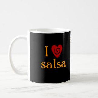 私はサルサの渦巻のハートのラテン系の踊りのカスタムを愛します コーヒーマグカップ