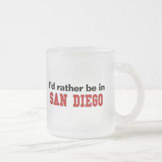 私はサンディエゴにむしろいます フロストグラスマグカップ