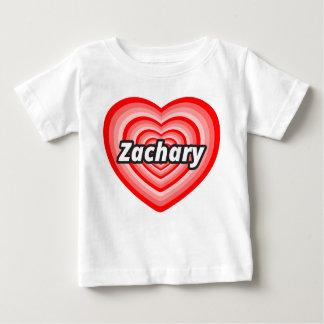 私はザカリーを愛します ベビーTシャツ