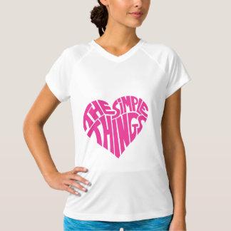 私はシンプルな事を愛します Tシャツ