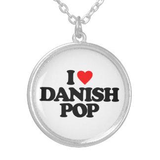 私はデンマーク語の破裂音を愛します シルバープレートネックレス