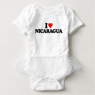 私はニカラグアを愛します ベビーボディスーツ
