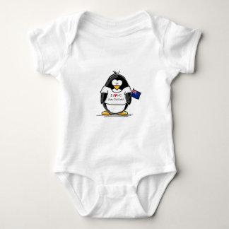 私はニュージーランドのペンギンを愛します ベビーボディスーツ