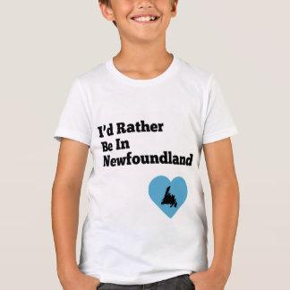 私はニューファウンドランド(青いハート)にむしろあります Tシャツ