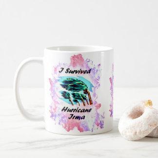 私はハリケーンイルマを生き延びました コーヒーマグカップ