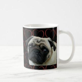 私はハートが付いているパグを愛します コーヒーマグカップ