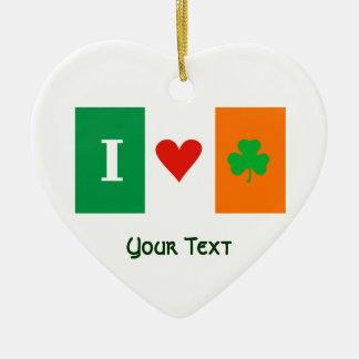 私はハートのシャムロックのアイルランドのぶら下がったな装飾を愛します セラミックオーナメント