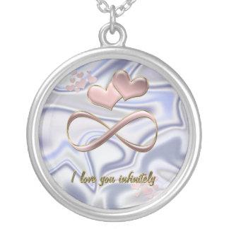私はバレンタインデーのピンクのハート無限に愛します シルバープレートネックレス