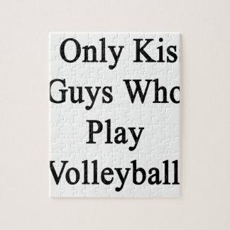 私はバレーボールを遊ぶ人だけに接吻します ジグソーパズル