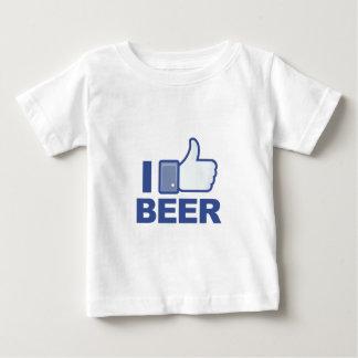 私はビールを好みます! ベビーTシャツ
