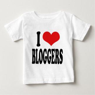 私はブロガーを愛します ベビーTシャツ