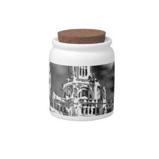 私はマドリードを愛します 陶器製キャンディジャー
