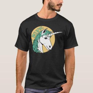 私はユニコーンを信じます Tシャツ