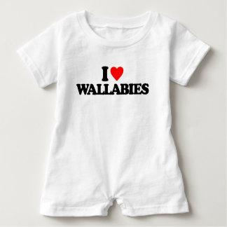 私はワラビーを愛します ベビーロンパース