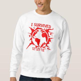 """""""私は世界のTシャツの12-21-12""""を端生き延びました スウェットシャツ"""