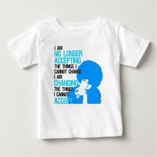 私は事のベビーのジャージーのTシャツを変えています ベビーTシャツ