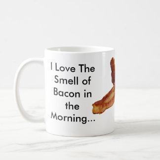 私は午前中ベーコンの臭いを…愛します コーヒーマグカップ