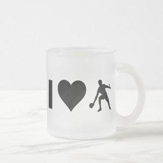 私は卓球を愛します フロストグラスマグカップ