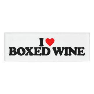 私は囲まれたワインを愛します 名札