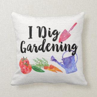 私は園芸かわいい庭のギフトの庭師を掘ります クッション