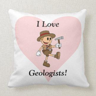 私は地質学者を愛します! クッション