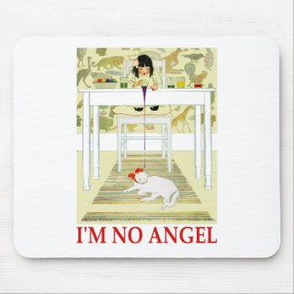 私は天使ではないです! マウスパッド