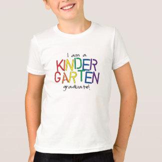 私は幼稚園の卒業生です Tシャツ